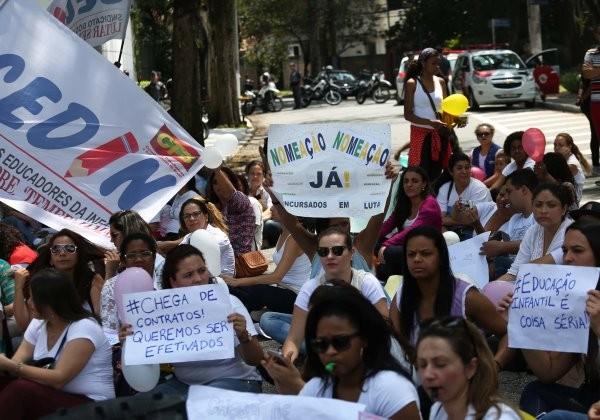 PROTESTO-CONTRA-PRIVATIZAÇÃO-EDUCAÇÃO-JOÃO-DORIA